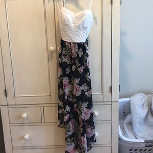 Lily Rose dress size small